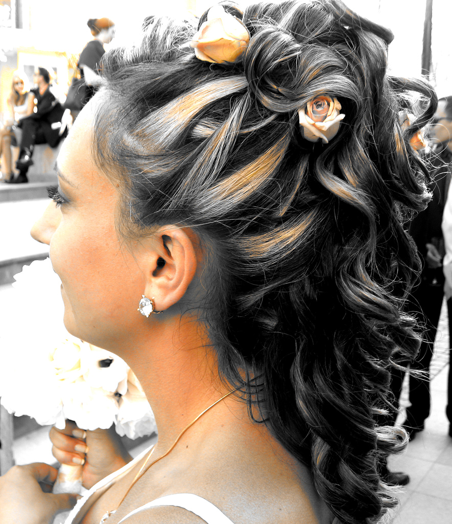 e9eee5e2a07e33bd_wedding_hairstyles_half_up_2011.jpg